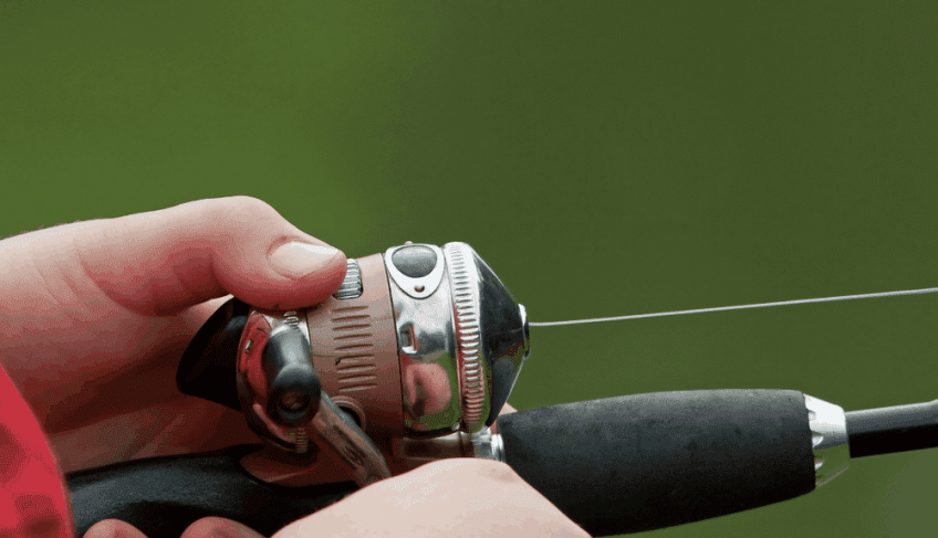 How to Use a Spincast Reel: Useful Tips for Maintenance